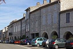 Place Gambetta, Castelnau-Montratier.JPG