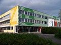 Pošepného náměstí, škola, vchod gymnázia.jpg