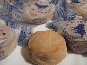 Polvorón - Mantecados (not polvorones) and their traditional wrappers.