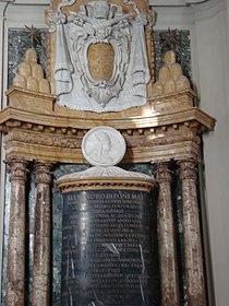 Pope Alexander III's tomb.jpg