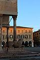 Porta dei Principi Piazza Grande Modena.jpg