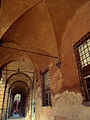 Portici in Piazza Santo Stefano 2.jpg