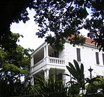 A very fine Edwardian house with complimentary garden walls, gates and outbuildings. Has front veran The house was built by T.B.F. Davis a prominent citizen of Durban. His two granddaughters, treasured Architectural style: Italianate style. Type of site: House Previous use: house. Current use: offices. From Berea Road North turn north into Botanic Gardens Road. After several blocks and at the start of. This remarkable building, one of the few surviving great mansions of Durban, is noted for the state
