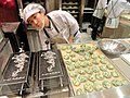 Preparing food in Seoul, Korea - DSC00739.JPG