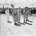 Prins Bernhard op bezoek bij de Arubaanse padvinders op Palm Beach, Bestanddeelnr 252-3898.jpg