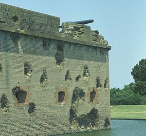 Seacoast defense in the United States - Damaged wall - Fort Pulaski on the coast of Georgia