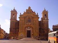 Qrendi Pfarrkirche Front 2.JPG