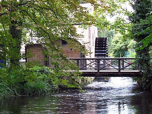Restored waterwheel in Morden Hall Park (geograph 2589526)