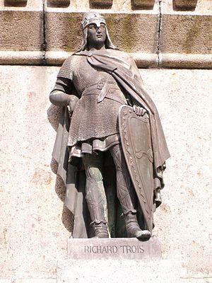 Richard III, Duke of Normandy - Richard III as part of the Six Dukes of Normandy statue in the town square of Falaise.