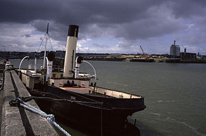 PS John H Amos - Image: River Medway at Chatham John H Amos geograph.org.uk 733175