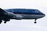 Royal Dutch Airlines Boeing 747-406(M) (PH-BFW?-30454-1258) (15501721762).jpg
