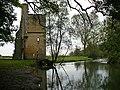 Ruin beside the River Windrush - geograph.org.uk - 1006327.jpg