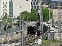 S-Bahn Tunnelportal Hackerbrücke GO-1.jpg