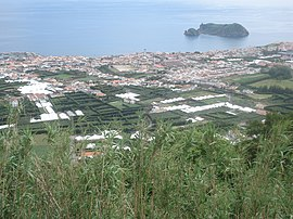 The town of Vila Franca do Campo, with its emblematic volcanic islet, the Ilhéu da Vila Franca