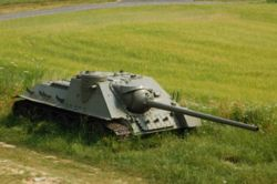 SU 100 czech republic.jpg