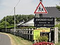 Saint-Vaast-Dieppedalle (Seine-Mar.) entrée Emondeville.jpg