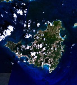 Foto satellitare dell'isola.