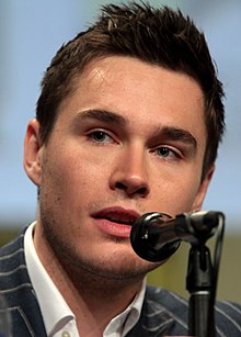 alt=Description de l'image Sam Underwood SDCC 2014.jpg.