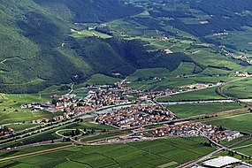 San Michele all'Adige-panorama from west.jpg