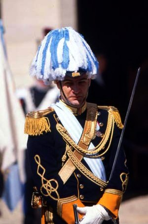 Military of San Marino - A member of the Guard of the Council - this is the number 1 uniform (formal ceremonial) of an officer.