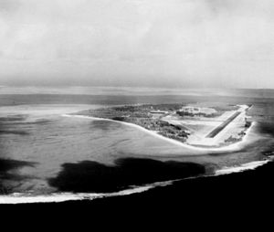 Sand Island with NAS Midway aerial photo 1990.JPEG
