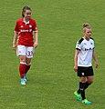 Sara Daebritz Linda Dallmann BL FCB gg. SGS Essen Muenchen-2.jpg