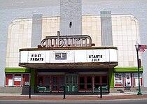 Schines Auburn Theatre Auburn.jpg