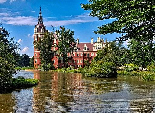 Neues Schloss im  Muskauer Park (Bad Muskau, UNESCO-Welterbe in Sachsen)