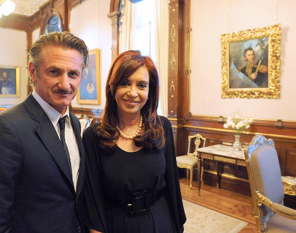 Sean Penn with Cristina Fernández