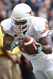 Selvin Young American football running back