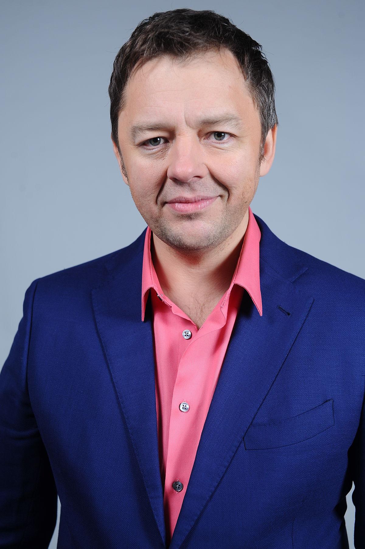 Исаев Сергей Владимирович  Википедия