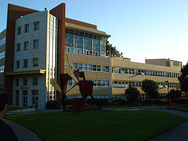 Burk Hall op de campus van San Francisco State