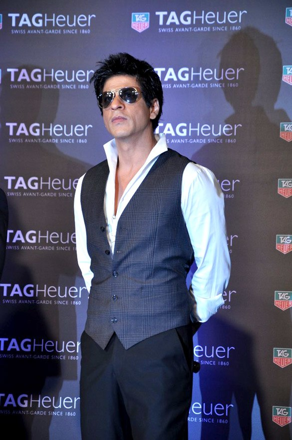 Shahrukh Khan launches the Tag Heuer Carrera Monaco GP limited edition watch (3)