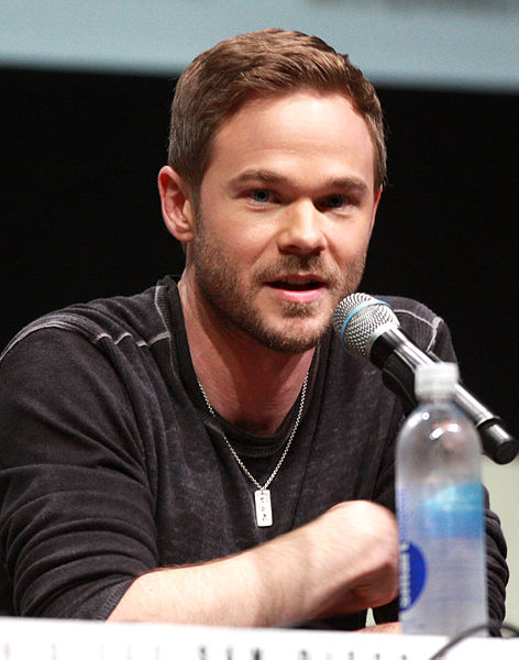 படிமம்:Shawn Ashmore by Gage Skidmore.jpg