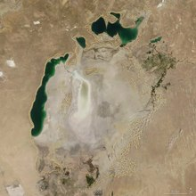 File:Shrinking Aral Sea 2000-2018.webm