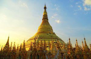 Myanmar architecture - The Swedagon Pagoda in Yangon, Myanmar
