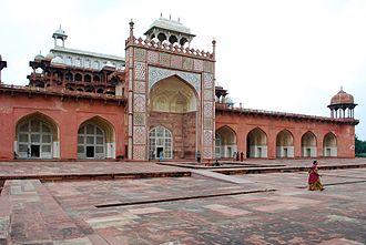 Akbar's tomb - Image: Sikandra 066