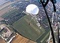 Skok na 5-osobową kroplę, spadochron SD-83, Gliwice 2017.08.05 (15).jpg
