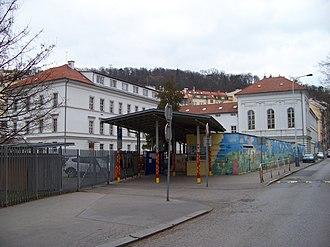 Lycée français de Prague - Image: Smíchov, Drtinova 7, Lycée français de Prague (01)