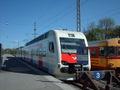 Sm4 lähijuna P-tunnuksella.jpg