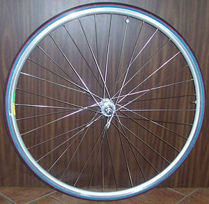 Sport bicycle wheel