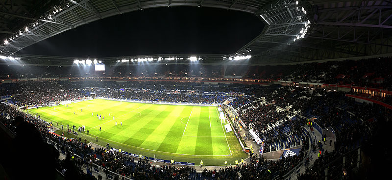 File:Stade Lumière.jpg