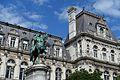Statue @ City Hall @ Paris (33789956694).jpg