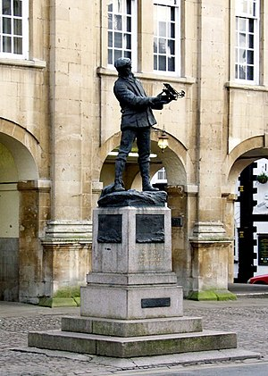 Statue of Charles Rolls, Monmouth - Image: Statue of Charles Rolls geograph.org.uk 289333