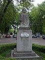 Statuie.parc.jpg