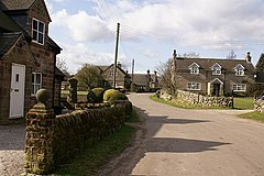 Stone houses in Wootton village - geograph.org.uk - 366158.jpg