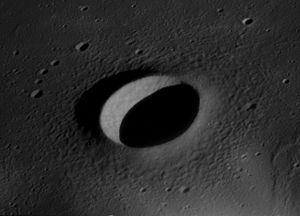 Suess (lunar crater) - Image: Suess crater AS12 52 7753