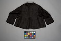 Svart tröja i sidenrips med foder i sidenmoiré - Livrustkammaren - 86714.tif