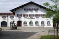 Töging Rathaus (02).png