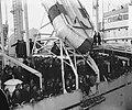 Te Amsterdam arriveert het schip Groote Beer met militairen uit Indië, Bestanddeelnr 903-1783.jpg